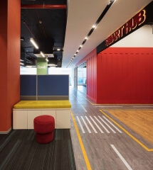 interior-open-office-road-concept-container-modern