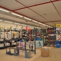 Decathlon-Showroom-Interior-3