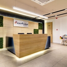 front-desk-reception2